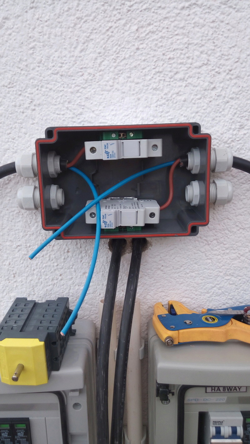 """Passage en mode """"Off-Grid"""" - Déconnecté du réseau électrique Img_2041"""