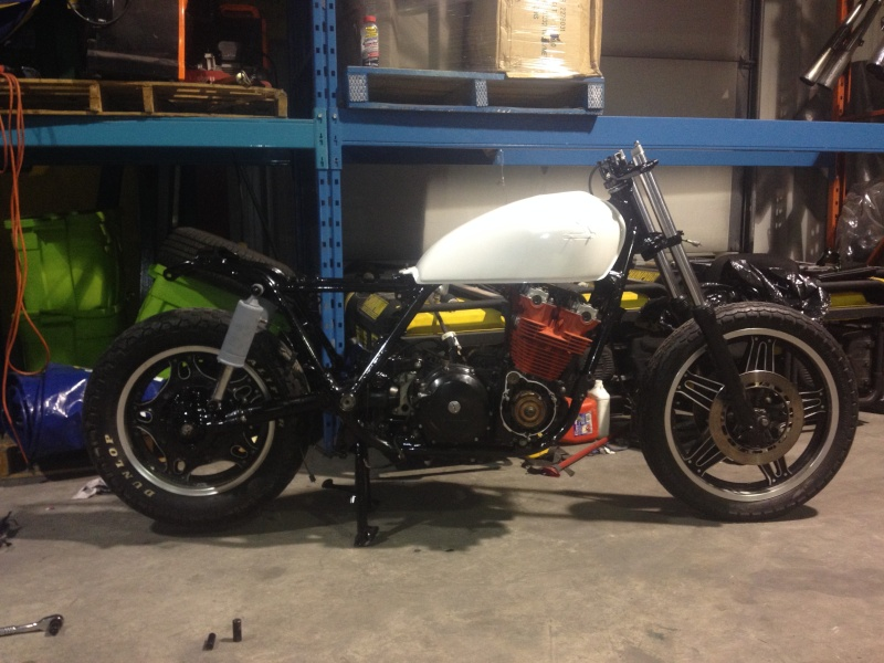 CB900C CafeRacer! - Page 5 Secure11