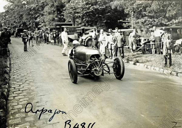 Cyclecar voiturettes et grand sport Les plus belles  - Page 2 Uk959210