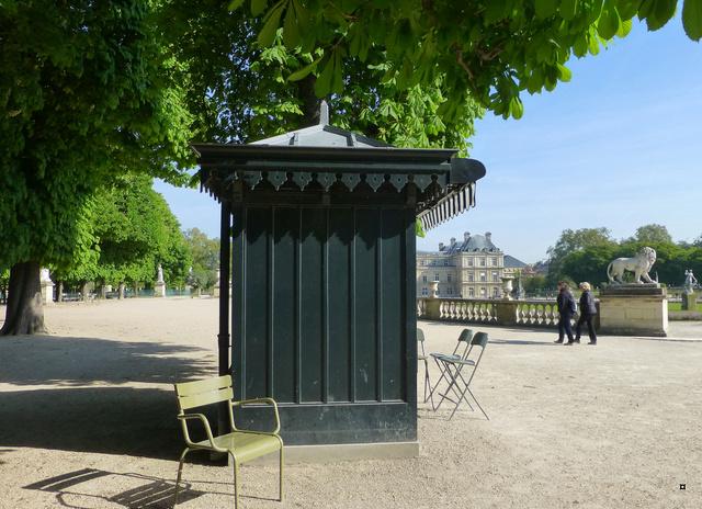 Choses vues dans le jardin du Luxembourg, à Paris - Page 5 P1140023