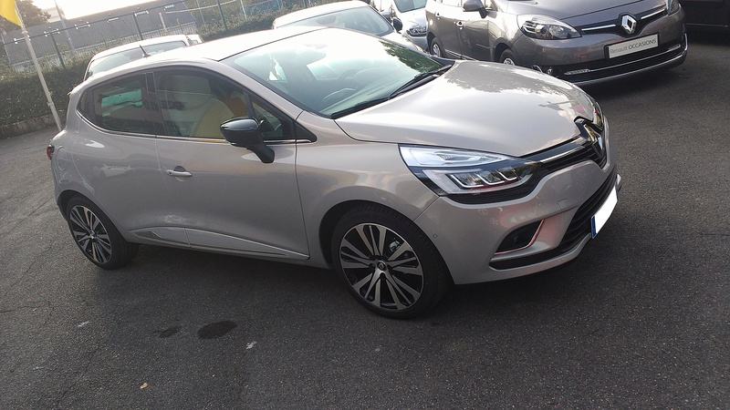Clio 4 phase 2 Initiale Paris  tce 120ch EDC Img_2013