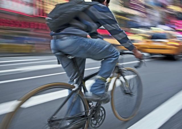 Charla-debate: Circular en Bicicleta en la Ciudad Site-b10