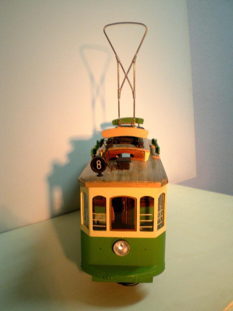 Straßenbahntriebwagen mit Sommerwagen entsteht Maßstab 1:24 115a10