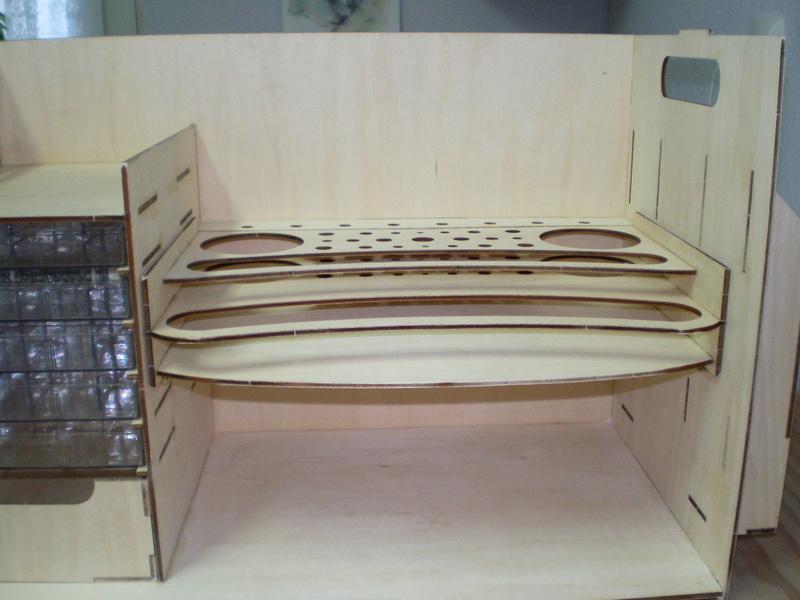 Artesania Latina Werkzeugbox Sany0824