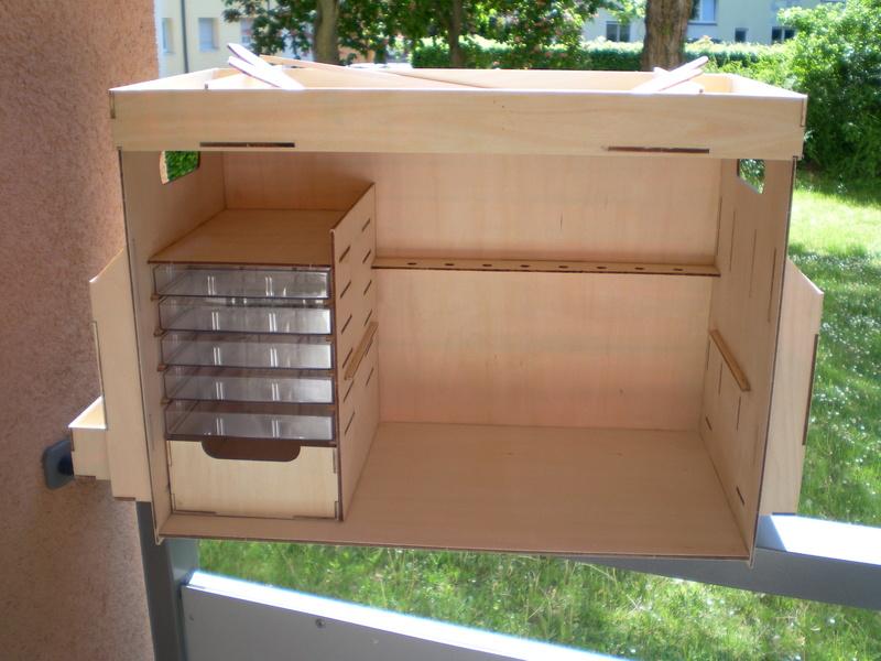 Artesania Latina Werkzeugbox Sany0828