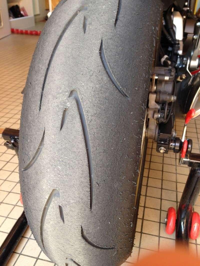 sportsmart, S20, Rosso Corsa, Pilot power.... et autres pneu route/piste. - Page 4 Img_2330