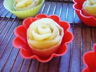Rose feuilletée aux pommes 00411
