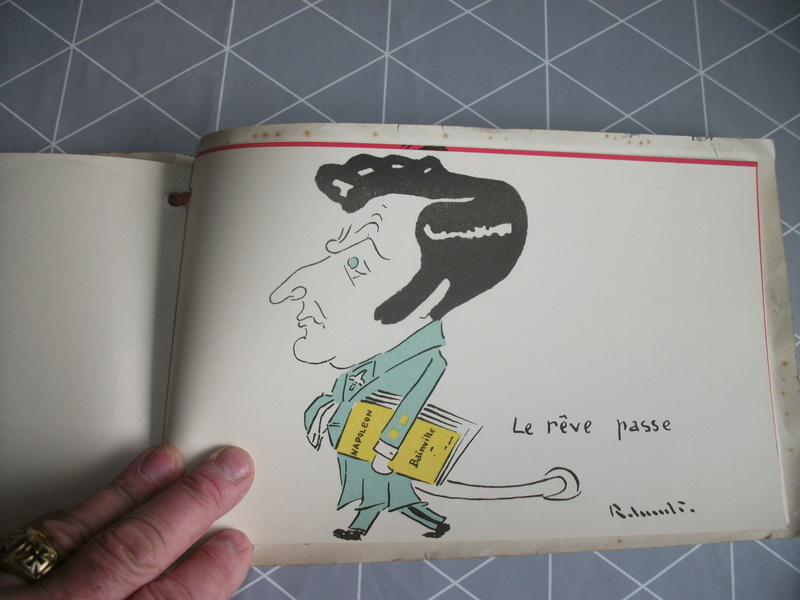 Livres caricaturales 23_04610