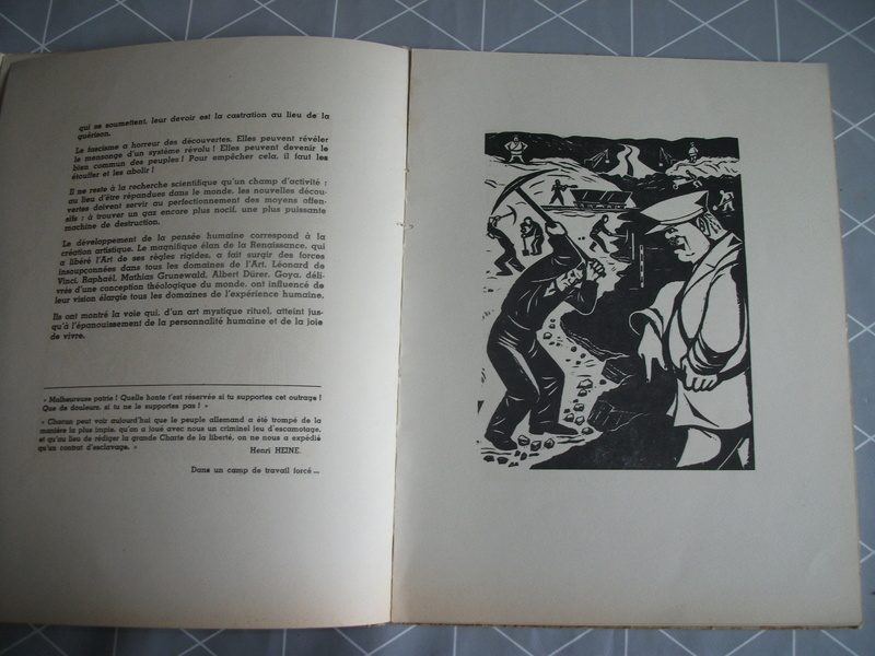 Livres caricaturales 23_05710