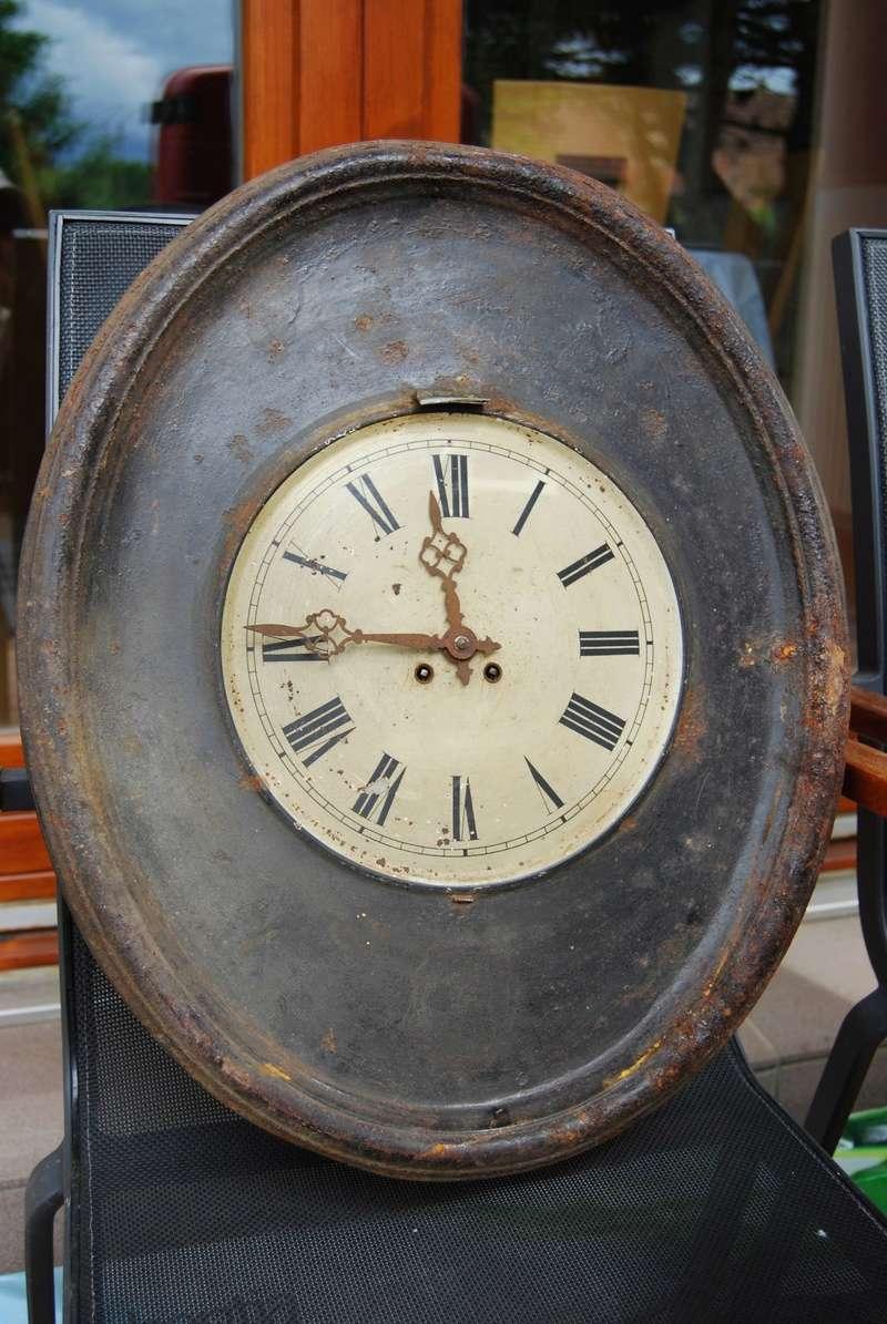 Un post qui référence les montres de brocante... tome IV Dsc_0073