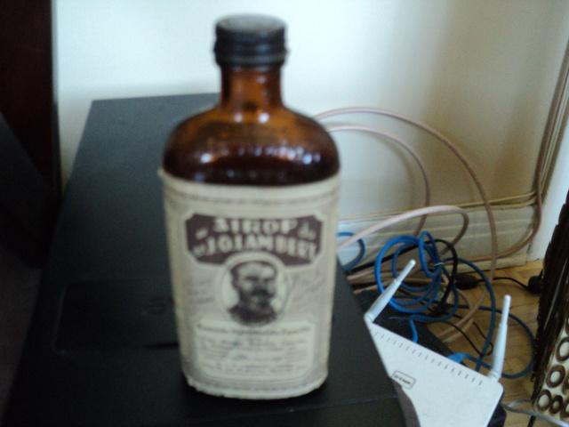 bouteille de sirop j o lambert montreal Dsc02110