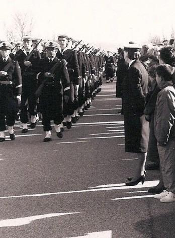 [Les traditions dans la Marine] Tenue dans la Marine- Tome 02 - Page 5 Pfam_e10