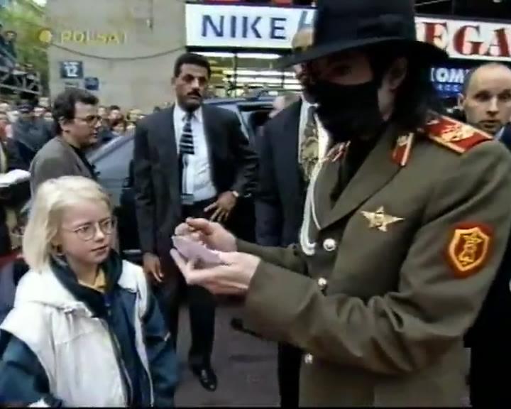 Michael Jackson - Exclusive Video (Parte 2) Vts_0115