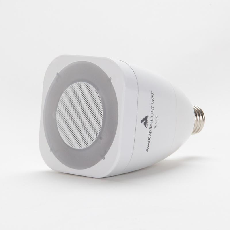 L'ampoule musicale du Français AwoX récompensée au CES 2014  Slide_10