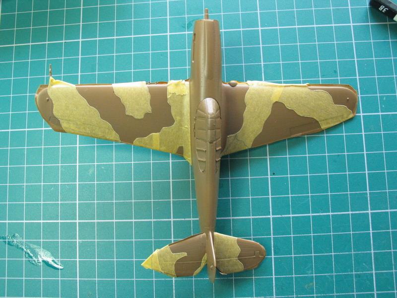 16h pour un ch'ti P40 E de l'USAAF (HobbyBoss au 72) - Page 2 P40_e_45