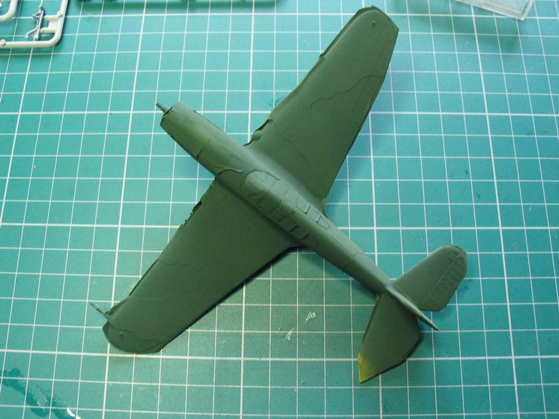 16h pour un ch'ti P40 E de l'USAAF (HobbyBoss au 72) - Page 2 P40_e_46