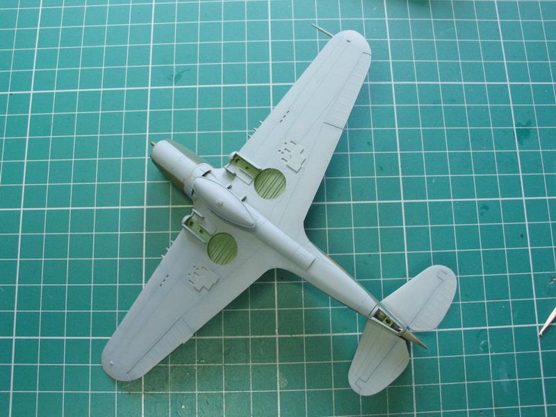 16h pour un ch'ti P40 E de l'USAAF (HobbyBoss au 72) - Page 2 P40_e_48
