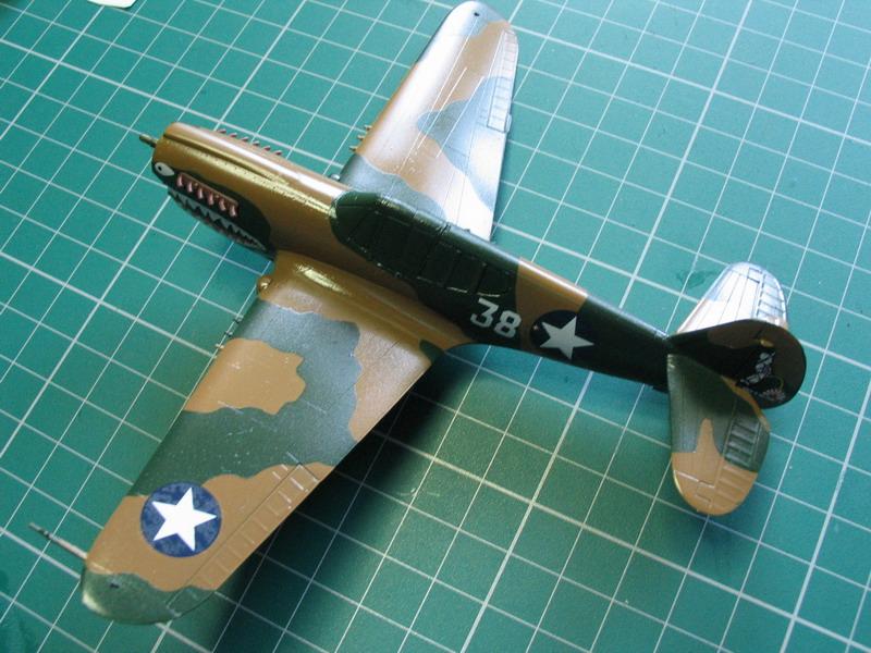 16h pour un ch'ti P40 E de l'USAAF (HobbyBoss au 72) - Page 3 P40_e_52