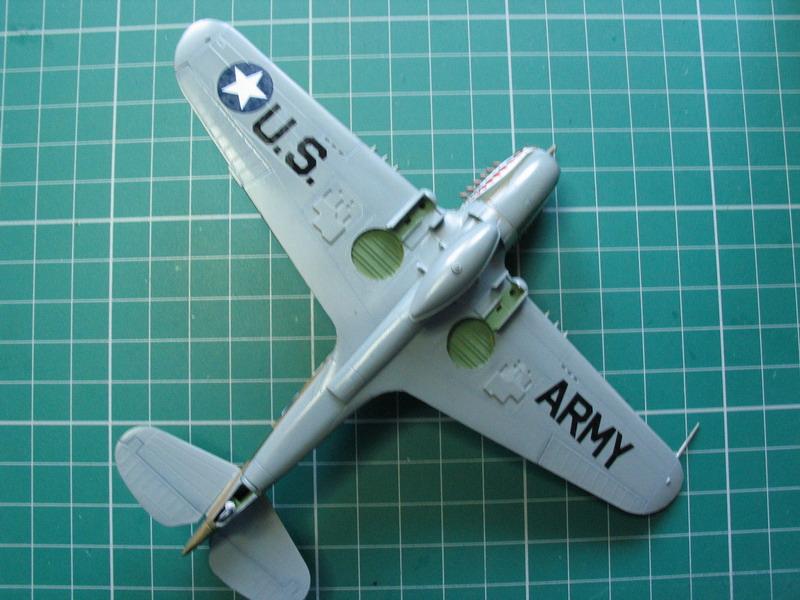 16h pour un ch'ti P40 E de l'USAAF (HobbyBoss au 72) - Page 3 P40_e_53