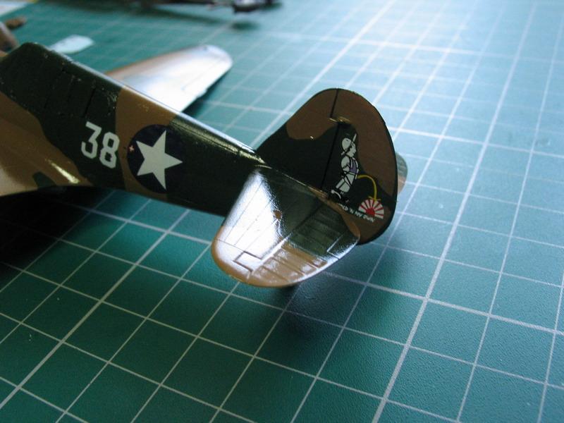 16h pour un ch'ti P40 E de l'USAAF (HobbyBoss au 72) - Page 3 P40_e_54