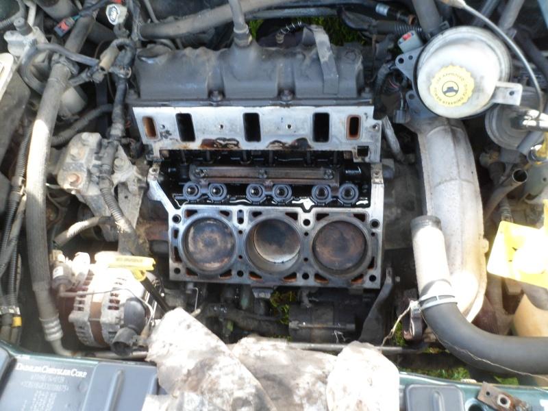 Mon S4 Grand voyager V6 3.3l 6 places Sam_0417