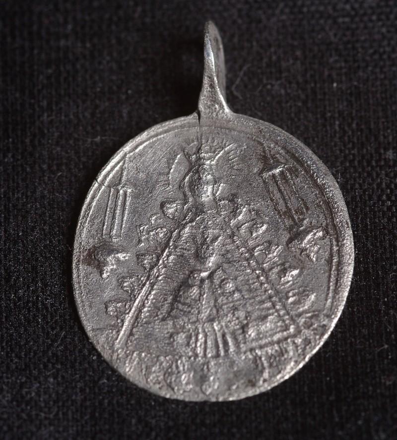 Médaille ND-de-Liesse - XIIIème Phot3810