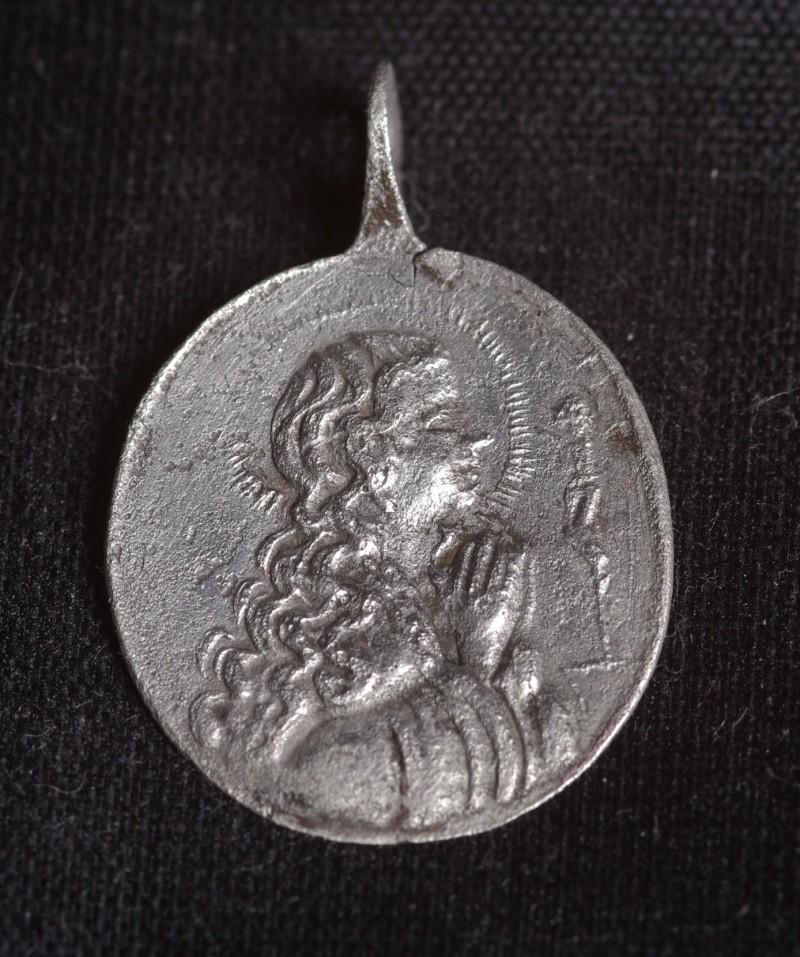 Médaille ND-de-Liesse - XIIIème Phot3811