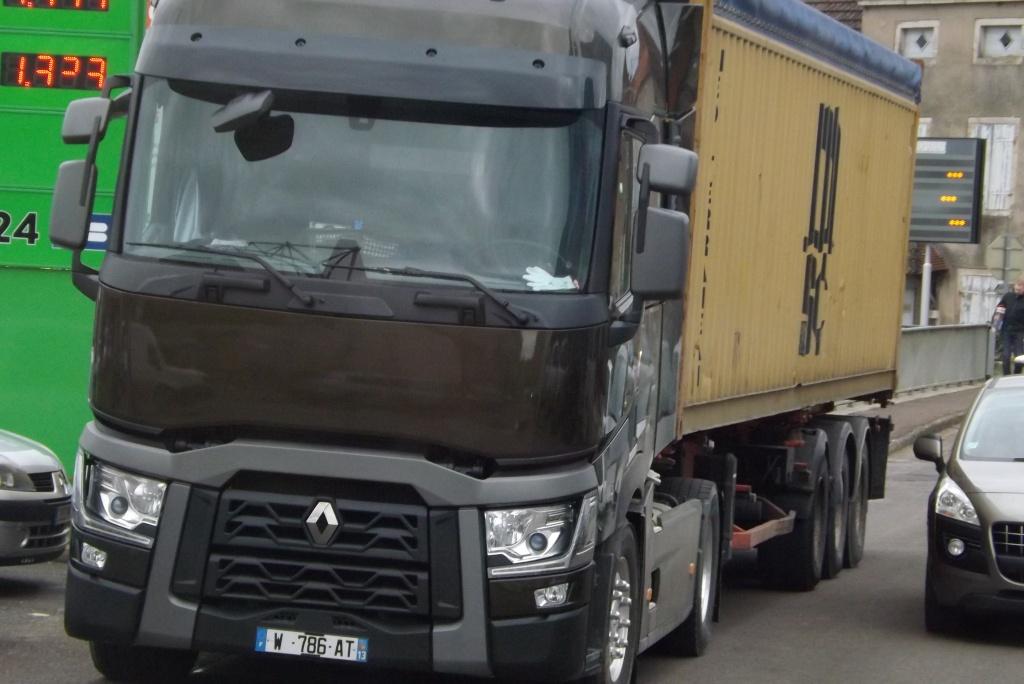 Renault série T (euro 6 )  - Page 2 Dscf1551