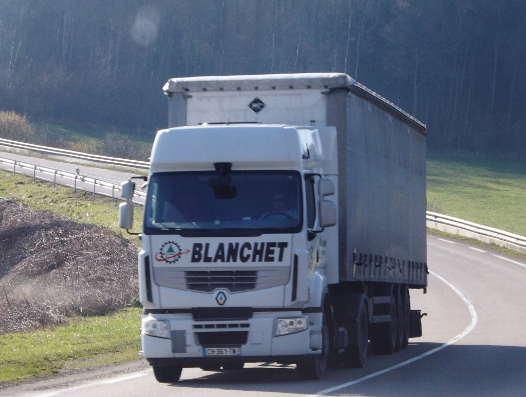 Blanchet (Vincey, 88) - Page 2 Dscf2114