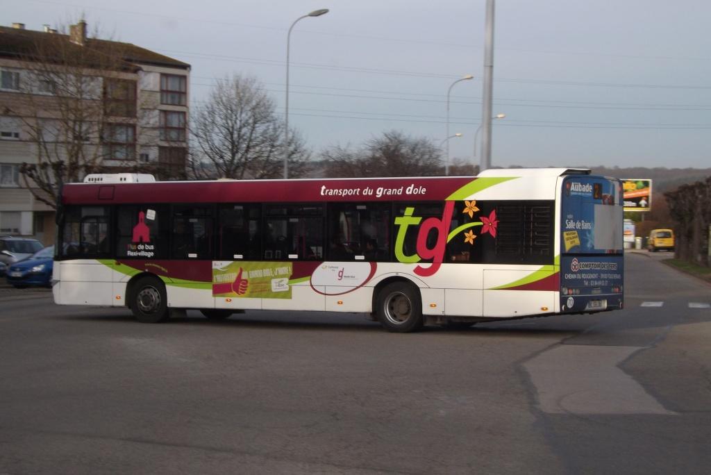 Cars et Bus de Franche Comté - Page 5 Dscf2723