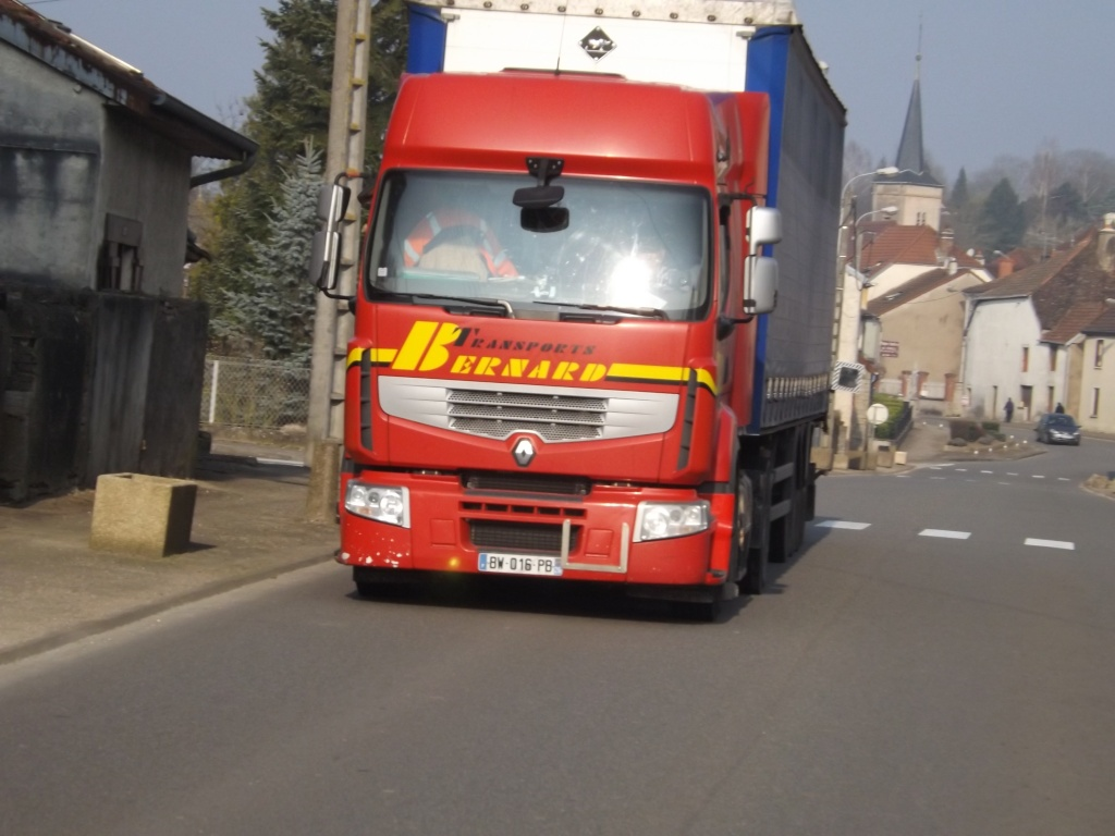 Transports Bernard  (Le Pouzin 07) Dscf3426