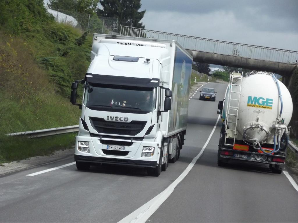 Iveco Stralis Hy Way (euro 6) Photo389