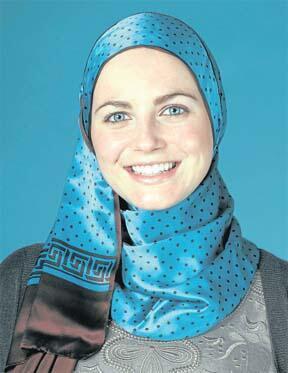 ميريام فرنسوا سيرا  من هوليود الى مكة ! 00210