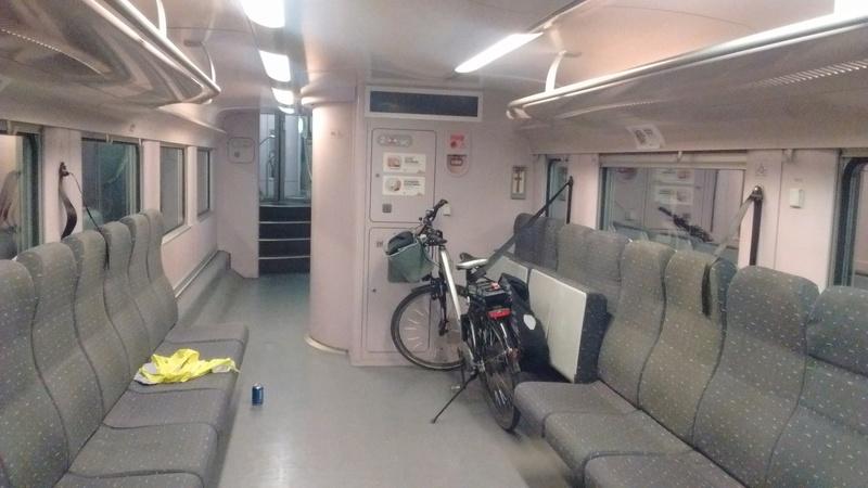 SNCB voyager avec le train Img_2012
