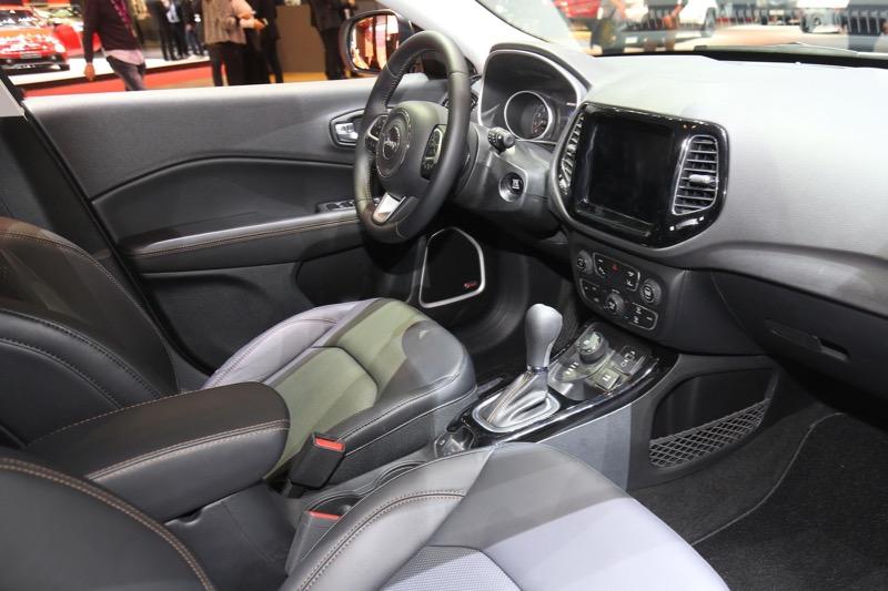 Nouveau Jeep Compass Jeep-c12
