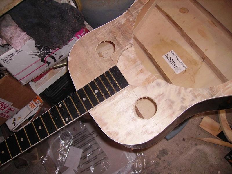 Fabrication d'une guitare à résonnateur Pict8821