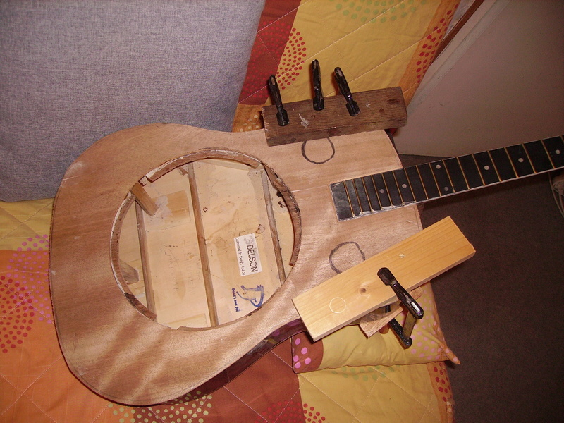Fabrication d'une guitare à résonnateur Pict8911