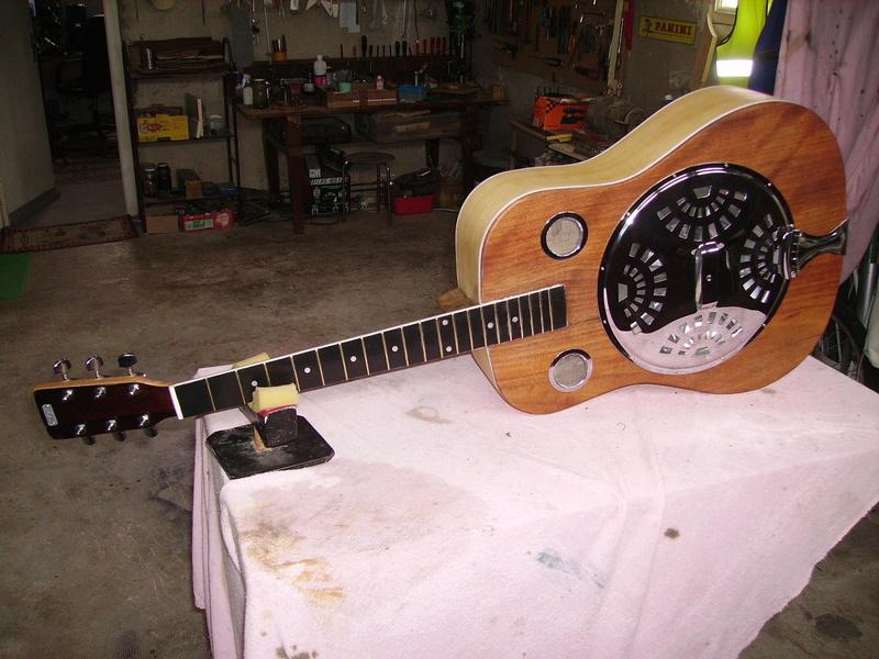 Fabrication d'une guitare à résonnateur Pict8915
