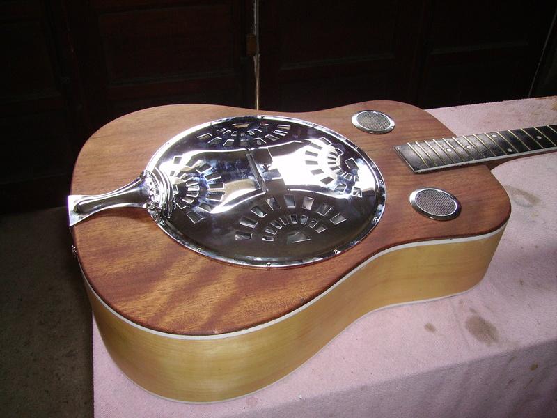 Fabrication d'une guitare à résonnateur Pict8918