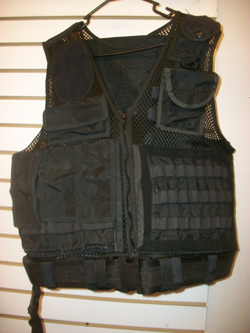 Jonathan Idema * Ex-Special Forces * Created alot of headlines around Ft. Bragg awhile back * A piece of his ICS clothing line * RARE ? 101_1318