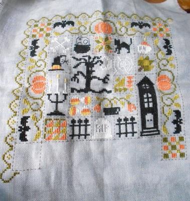 SAL Patchwork Halloween de Jardin Privé - FINI - Page 10 1110