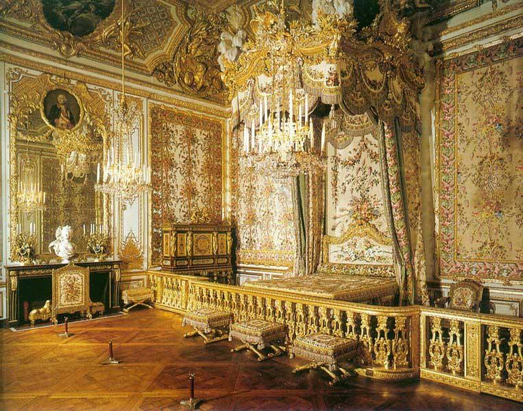 chambre - La chambre de la Reine à Versailles Chambr10