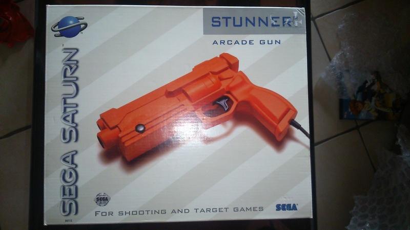 [VDS] Coffret Virtua Gun + Virtua Stick +  Ys Master System Dsc_0118