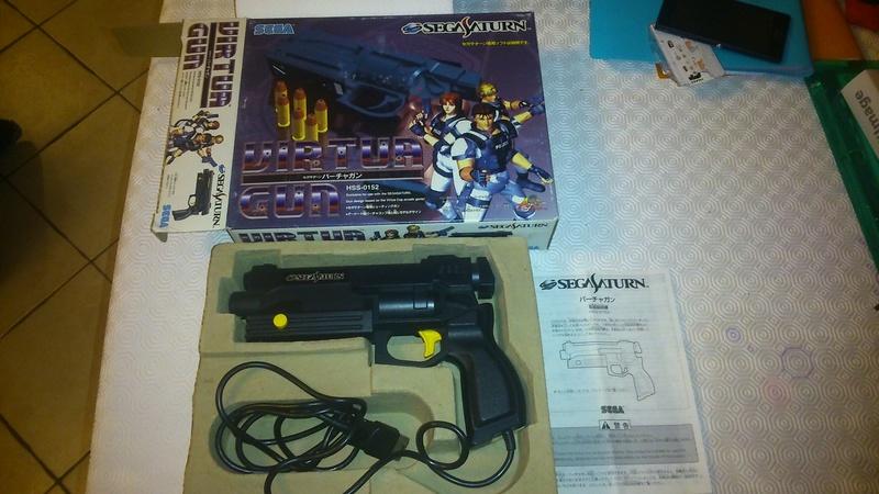[VDS] Coffret Virtua Gun + Virtua Stick +  Ys Master System Dsc_0119