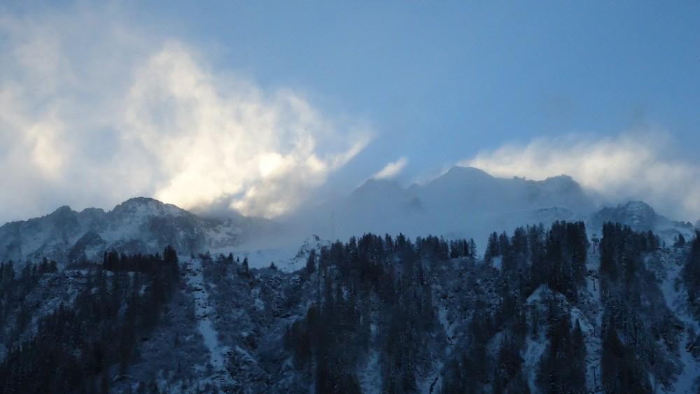 Conditions en montagne et en haute montagne - Page 2 Dsc01413