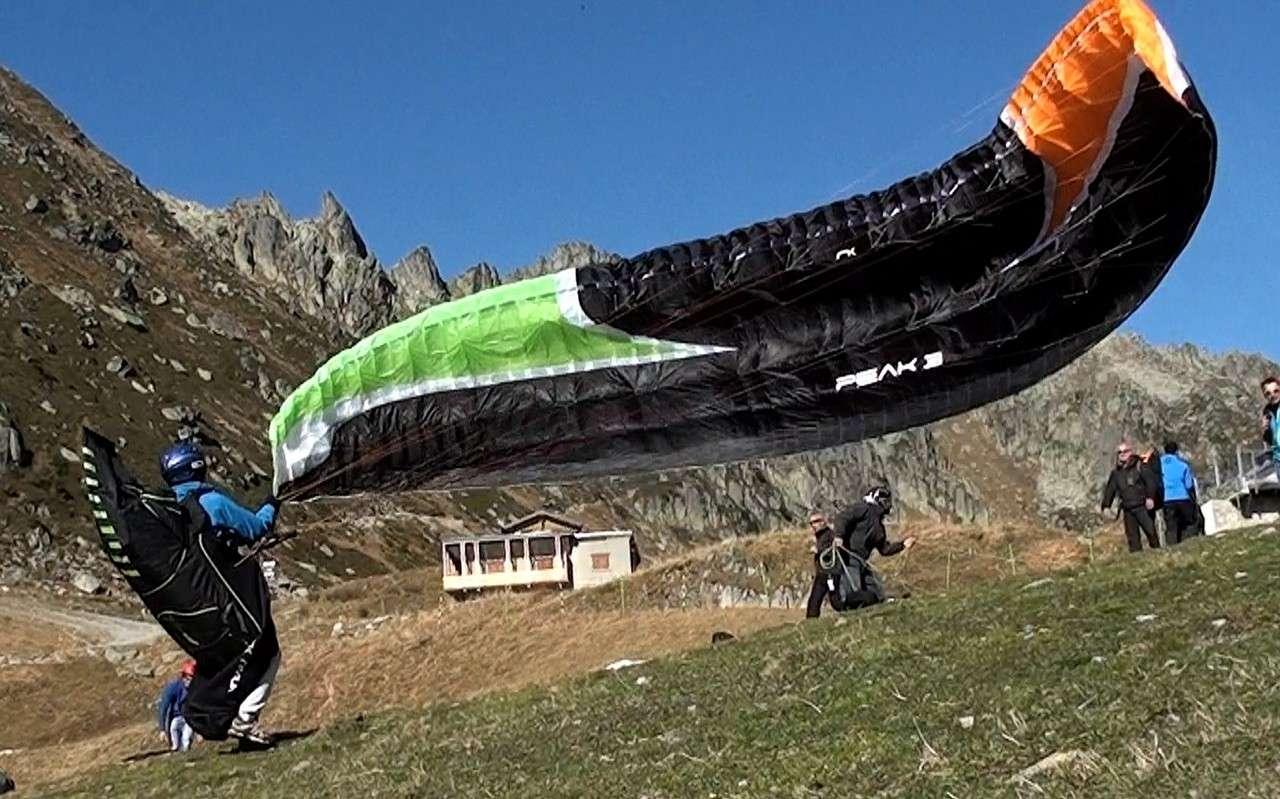 Le Vol libre dans le massif du Mont Blanc - Page 2 Image112
