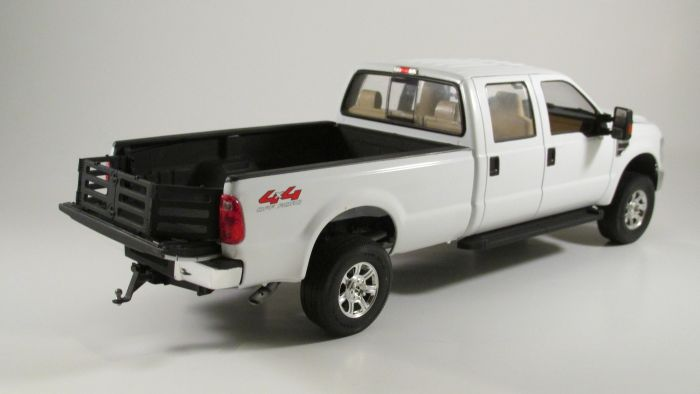 MENG 1/24 ford F350 duty crew cab 1999 - Page 2 Img_3236