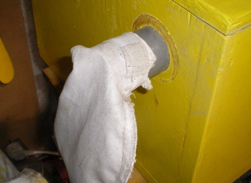 Une mini cabine de sablage de boiseu F1110