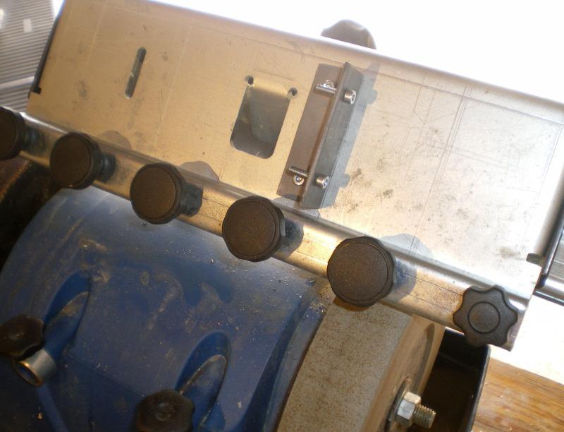 Adaptation de guide d'affutage pour fer à l'affutage des ciseaux à bois J210