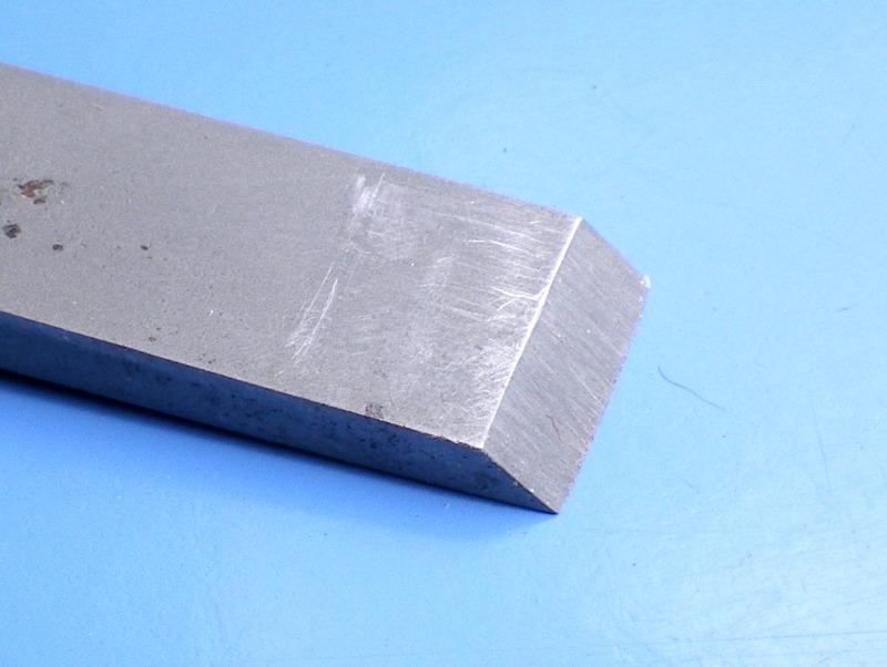 Adaptation de guide d'affutage pour fer à l'affutage des ciseaux à bois J410